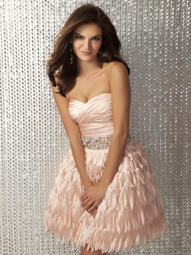 Short Formal Dresses For Your Special Night Worldgirlus