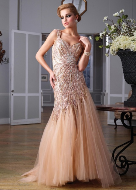 Tips of choosing cheap but decent prom dress